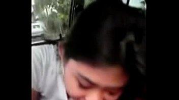 xxxไทยสาวไทยสุดแซ่บโม็คควยให้แฟนหนุ่มขณะกำลังขับรถไปทำงานดูดควยเก่งมากเสียวสุดๆดูดจนน้ำแตกคาปากxxx
