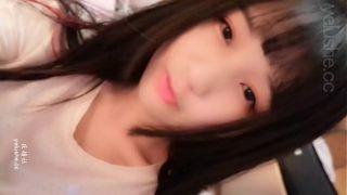 japan av นางแบบสาวญี่ปุ่นหุ่นดีหน้าสวยไลฟ์สดแก้ผ้าโชว์ความเสียวในกลุ่มลับให้หนุ่มๆได้ดูของดี