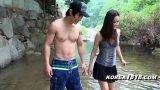หนังav วัยรุ่นสาวญี่ปุ่นหุ่นดีหน้าสวยโดนแฟนหนุ่มสุดหล่อกล้ามโตๆเงี่ยนจัดจับแก้ผ้าเย็ดหีกลางน้ำตก
