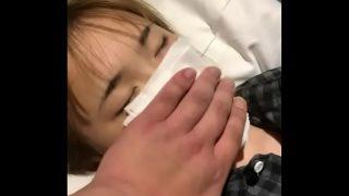 หนังโป๊ดูฟรีสาวเกาหลีหน้าสวยใสหุ่นโครตเด็ดโดนเพื่อนชายบ้ากามโปะยาสลบแล้วจับแก้ผ้าเย็ดหี